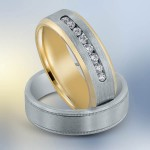 Novell diamond wedding band