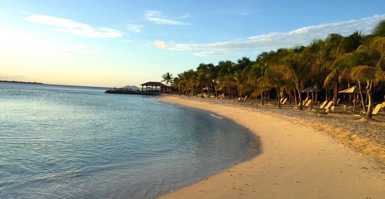 Honeymoon destinations the caribbean s bonaire fashion for Top honeymoon beach destinations