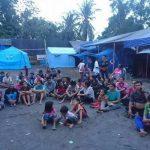 Bali volcano refugees