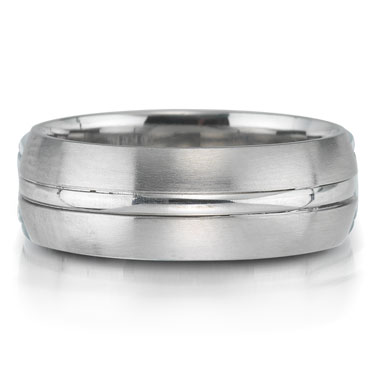 X2006-7GQP is a platinum-palladium combination wedding band that is 7mm wide.