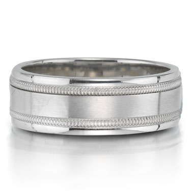 X2007-7GQP is a platinum-palladium combination wedding band that is 7mm wide.