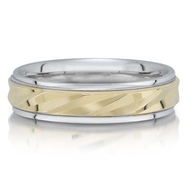 X3123/5GT is a two-tone wedding band that is 6mm wide.