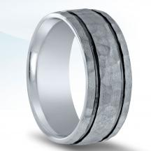Men's Hammered Wedding Band - N16636